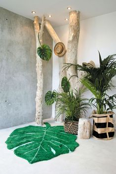 Monstera Leaf Rug design by Lorena Canals Jungle Theme Rooms, Forest Theme Bedrooms, Jungle Baby Room, Themed Rooms, Safari Bedroom, Safari Room Decor, Safari Nursery, Deco Jungle, Ideas Habitaciones