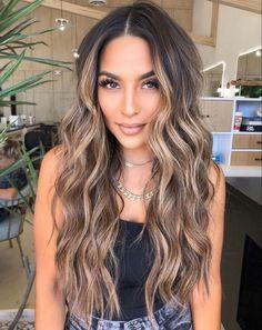 Brown Hair Balayage, Brown Blonde Hair, Balayage Brunette, Hair Color Balayage, Brunette Hair, Hair Highlights, Bronde Balayage, Hair Color For Black Hair, Big Hair