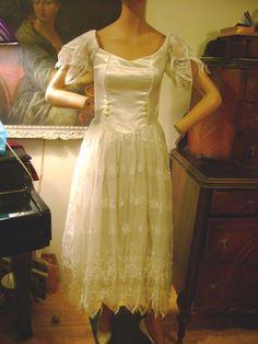 Vintage White Lace Satin Bodice Full Tulle Skirt Boho Hippie Gothic Rock Party | eBay