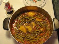 ziniania's corner: Green bean stew or (fasolakia prasina me saltsa in greek )