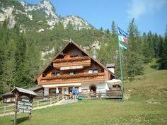 Rifugio Passo Staulanza Belluno Dolomiti Veneto Italia