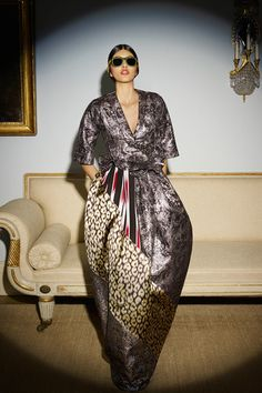 That's an Asian inspired wrap dress fior evening that I will wear. Duro Olowu Fall 2014 Ready-to-Wear Collection Slideshow on Style.com