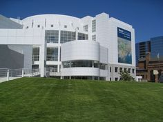 Richard Meier projects, are characterized by your geometric clarity and order. #architect #projects #architecture