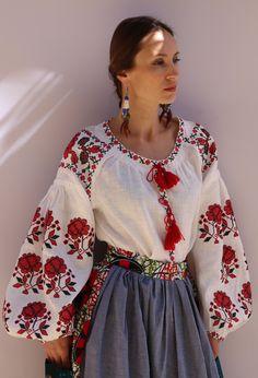 White Vita Kin Vyshyvanka linen blouse red black embroidery. XS-XXL VB004
