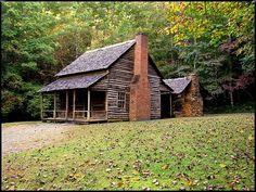 Henry Whitehead Cabin 2011: Photo by Photographer Patsy Dunn. I love old cabins!