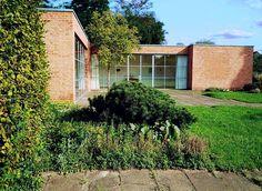 Mies-van-der-Rohe-Haus Berlin