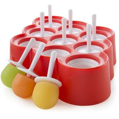 Explore this mini version of the ice pop classic with Zoku Mini Pop Molds. This mold makes nine Mini Pops out of your favorite ingredients in a fun, bite Ice Cream Pops, Diy Ice Cream, Glace Diy, Ice Cream Freeze, Pop Maker, Ice Molds, Popsicle Molds, Chamomile Tea, Fruit Drinks