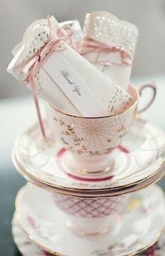{É nos detalhes} Tea Cups vintage em seu casamento - Loverly