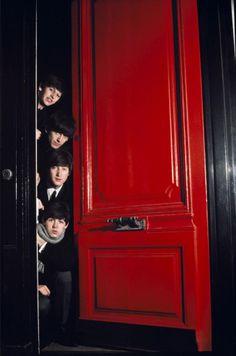 Richard Starkey, George Harrison, John Lennon, and Paul McCartney Beatles Love, Les Beatles, Beatles Photos, Beatles Funny, Beatles Poster, Beatles Band, Ringo Starr, George Harrison, Psychedelic Rock