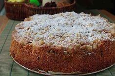 Volt otthon egy kis alma és dió, olyan tortát készített belőle, hogy arra nincsenek szavak!