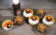Candy-Decorated Thanksgiving Cupcakes
