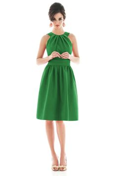 Halter Knee Length Short Green Bridesmaid Dresses Sale,Buy Halter Ruched Draping Chiffon Designer Green Bridesmaid Dress Wholesale At Wholesale Price From Tesbuy.com - Prom Dresses 2012_Plus Size Prom Dress_Plus Size Wedding Dress-TesBuy.com