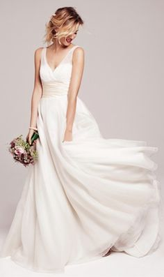 full silk gown http://rstyle.me/n/m7ag5r9te