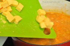 Chili's Chicken Enchilada Soup (copycat) / The Grateful Girl Cooks! Chili's Chicken Enchilada Soup, Chicken Enchiladas, Slow Cooker Recipes, Crockpot Recipes, Soup Recipes, Famous Recipe, Girl Cooking, Bowl Of Soup, Restaurant Recipes