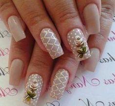 Unhas lindas, usando o desenho artístico de renda, ficou muito delicado!!!! Os melhores produtos para suas unhas, você encontra em: www.lojadeesmaltes.com.br