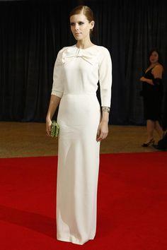 eacb97fd338c Thread Ethic   celebritywear  modestfashion  modestdress  tzniutfashion   classicdress  formaldress  kosherfashion · Abiti Da Sposa Di ...