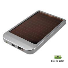 SOLAR CHARGER | NOVEDAD 2012  Cargador solar con bateria recargable.  Ideal para situaciones de emergencia o para estar al aire libre.  Diseño único y portátil.  Apto para cargar baterías de celulares, mp3, mp4, PDAs, cámaras digitales y dispositivos de alimentación USB.  6 adaptadores.  Tambien puede ser cargado a través de un transformador de 5V y vía USB.  Panel solar: 0.4 W.  En caja imantada.