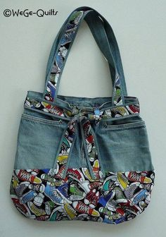 """Most recent Photographs """"MADE NEW FROM OLD"""" bag Concepts I really like Jeans ! And even more I love to sew my own Jeans. Next Jeans Sew Along I am likely t Patchwork Bags, Quilted Bag, Denim Patchwork, Bag Quilt, Diy Sac, Denim Handbags, Denim Purse, Denim Crafts, Jean Crafts"""