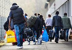 28-Sep-2015 7:12 - 17.000 ASIELZOEKERS IN NEDERLAND AANGEKOMEN. In de eerste acht maanden van dit jaar zijn 17.000 asielzoekers in Nederland aangekomen. Ook zijn 8.000 nareizigers geregistreerd door het IND.