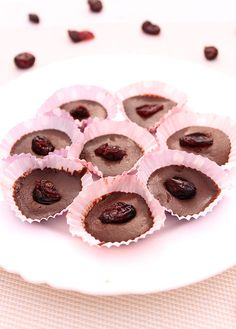 Quick and simple three ingredient vegan chocolate bites. No need for special equipment.