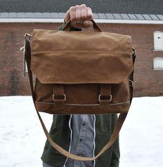 i love messenger bags
