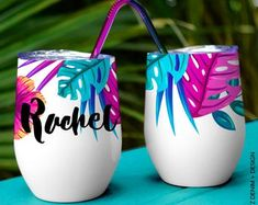 Personalized Wine Tumbler Bridesmaid Gift - Tropical Floral Wine Tumbler - Custom Tumbler with lid and straw Personalized Tumblers, Custom Tumblers, Posca, Pottery Painting, Fabric Painting, Painted Pots, Wine Tumblers, Partys, Bridesmaid Gifts