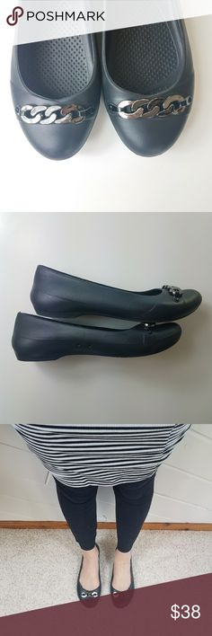 Crocs • Silver Chain Ballet Flats If you've never tried Crocs flats you are *missing out*  The most comfortable and supportive flats you will ever step into!  EUC. CROCS Shoes Flats & Loafers
