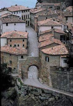 San Leo - Italy irmgard tu