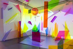 The Artist Using Neon Geometry as a Means of Escapism - Bahar Yürükoğlu Instalation Art, Picasso Paintings, Exhibition Space, Interactive Exhibition, 3d Prints, Neon Colors, Vibrant Colors, Light Art, Plexus Products