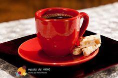 Dica do nosso blog @Mexido de Ideias: combinar o café com torrone! Fica uma delícia :)