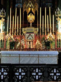Pendant 40 heures, vous pouvez venir adorer le Seigneur, la nuit ou le jour, à Saint-Eugène - Sainte-Cécile (Paris IX).