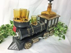 1880 Iron Horse Musical Drinks Caddy Plays Raindrops Keep Falling On My Head