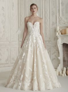 cc702a48d94 54 Best Pronovias at La Belle Mariée images in 2019