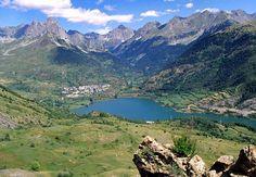 SALLENT DE GALLEGO.- Típico pueblo del Pirineo Aragonés rodeado de un auténtico paraíso natural y considerado como la cabeza del Valle de Tena.