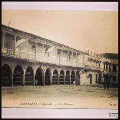 Mi nueva Foto by @acristinacb #SomosTurismo Plaza de la aduana mas viejita... #fotosviejas #fotosdeantaño #Cartagenadeindias #Cartagena #nostalgia