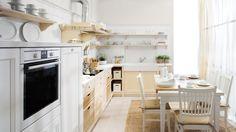Cucina in legno collezione English Mood, finitura Bianco Burro ...