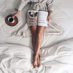 a cozy, lazy day. Lazy Morning, Easy Like Sunday Morning, Lazy Sunday, Lazy Days, Sunday Morning Coffee, Book And Coffee, Coffee In Bed, Coffee Tray, Cozy Coffee