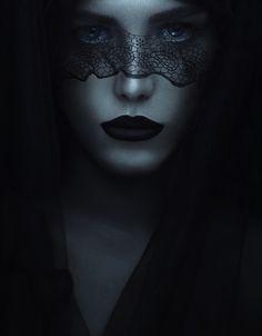 Photographer: Babak Fatholahi Model: Isobel