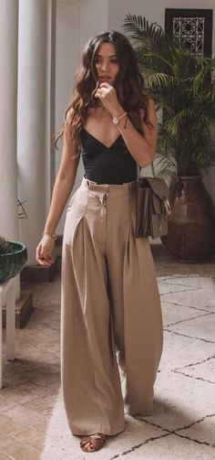45 cutest summer outfits to try - Wass Sell outfits - cute outfit. 45 cutest summer outfits to try - Wass Sell outfits - cute outfits - 45 süßeste Sommeroutfits zum Probieren - Wass Sell Die mächtigsten Frauen in Business Wear Kleide Mode Outfits, Casual Outfits, Fashion Outfits, Womens Fashion, Classy Outfits, Girly Outfits, Tank Top Outfits, Ankara Fashion, Country Outfits