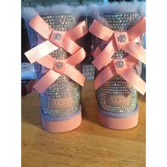 Youth Heathered Lilac and Pink Bailey Bow Ugg Boots, Custom Bling! Cute Uggs, Cute Boots, Outfits Ugg Boots, Ugg Shoes, Emo Outfits, Casual Outfits, Dress Shoes, Original Ugg Boots, Look Body