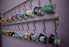 Moomin mugs (Collection) Coffee Display, Mug Display, Mug Storage, Moomin Mugs, My Coffee Shop, Pottery Store, Doodle Inspiration, Whimsical Fashion, Mom Mug