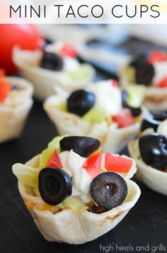 These mini taco cups are an easy weeknight meal idea! #recipe #dinner #appetizer #SuperBowl http://www.highheelsandgrills.com/2014/01/mini-taco-cups.html