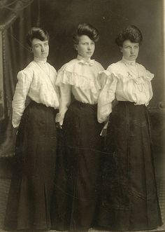 1898-1908 Women's day wear: The trumpet shape skirts and shirtwaist were popular in the early 1900s.. This shows women's change in society. (Denny P.)