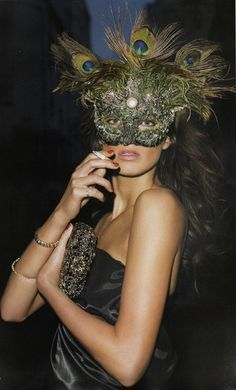 Morning Beauty, Daria Werbowy by Terry Richardson, Vogue Paris Daria Werbowy, Terry Richardson, Peacock Mask, Feather Mask, Peacock Feathers, Peacock Costume, Peacock Colors, Peacock Theme, Mike Brand