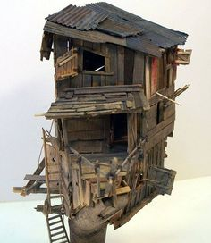 diorama ideas Railroad Line Forums - The Peanut Butter Lid Challenge - Final Pictures Cardboard Sculpture, Cardboard Art, Sculpture Art, Sculptures, Le Far West, Driftwood Art, Miniature Houses, Fairy Houses, Home Art