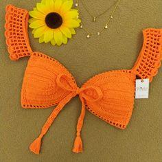 Crochet Top Outfit, Easy Crochet Hat, Crochet Shirt, Crochet Crop Top, Crochet Crafts, Crochet Clothes, Crochet Projects, Mode Crochet, Crochet Ripple