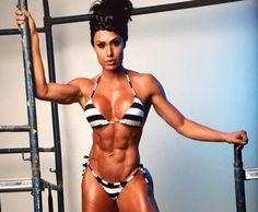 Gracyanne Barbosa exibe boa forma, resultado seu esforço (Foto: Arquivo Pessoal)