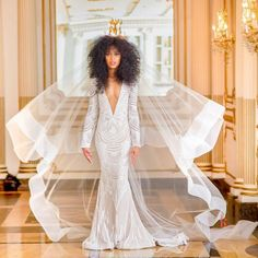 wedding veil.