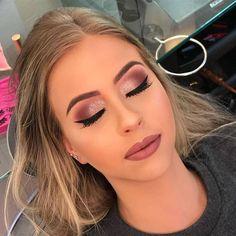 Amazing Wedding Makeup Tips – Makeup Design Ideas Fancy Makeup, Formal Makeup, Pink Makeup, Dress Makeup, Glam Makeup, Hair Makeup, Makeup With Pink Dress, Prom Makeup Brown Eyes, Burgundy Makeup