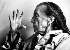 Louise Bourgeois photographed by Annie Leibovitz.